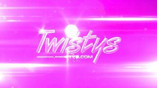 Twistys - Celeb Smackdown