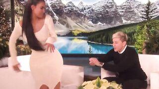 Big ass + tight dress - Kim Kardashian