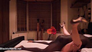 Interracial Cuckold: Cuckold Wife Copulates Her Ebony Boyfriend