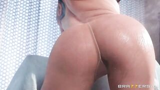 Penetrating Pantyhose - Mandy Muse