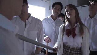 Oldest high school student in Japanese history gets revenge on bully - Japanese