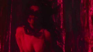 Charli XCX Is a Goddess - Celebs