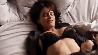 Love seeing Carla Gugino shaking her assets - Celebs