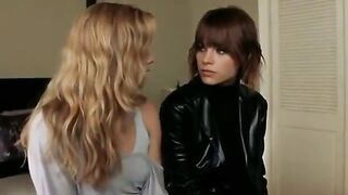 Imagine a threesome with Amy Adams and Lauren German - Celebs