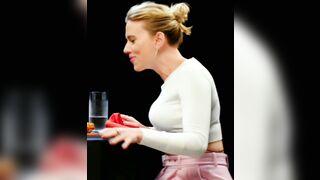 Scarlett Johansson showing us a glimpse of her wild side - Celebs