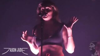 Celebrities: Tove Lo taking off her top, begging for boys to jerk to her