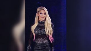 I may be a virgin whose never felt tits but Alexa bliss has the best tits ever. - Celebs