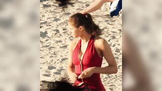 Alexandra Daddario's perfect cleavage - Celebs
