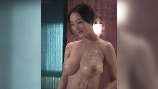 Daniella Wang got big tits - Celebs