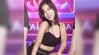 I just want to fuck CLC's Seungyeon so hard while gripping her juicy tits, and I want to pour cum into her while looking into her smoky slutty eyes. - Celebs