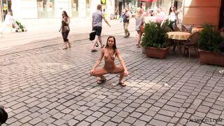 Kari.Public.Nudity-2